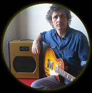 Dean Wareham with his Swart Atomic Space Tone - Photo by Britta Phillips